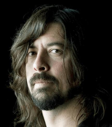 Dave Grohl: «Μετά τον θάνατο του Kurt, όταν ακούω Nirvana πέφτω σε κατάθλιψη» Ο frontman των Foo Fighters και οι αναμνήσεις
